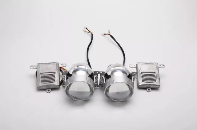 A4 LED双光透镜