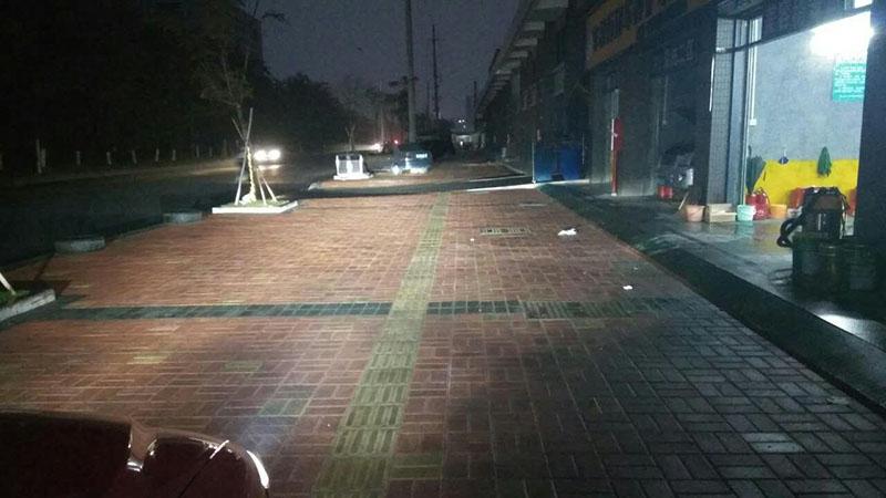 马自达6车灯改装阿帕6改后近光铺路效果
