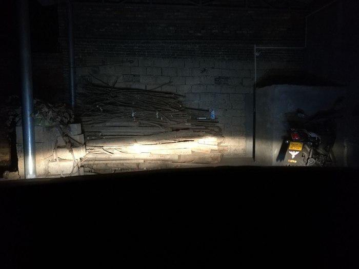 卡罗拉原车近光灯