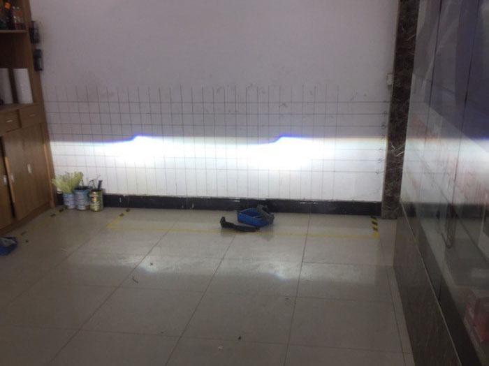 卡罗拉车灯升级阿帕2A氙气灯,调试近光灯
