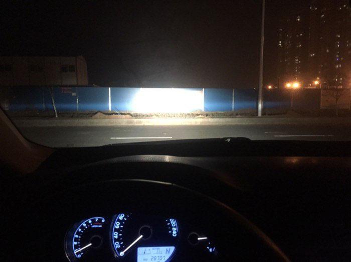 卡罗拉车灯升级阿帕2A氙气灯,远光效果
