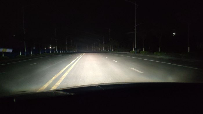 卡罗拉车灯升级飞利浦黑暗战士氙气灯,远光效果