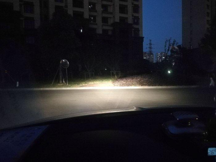 明锐原车近光灯